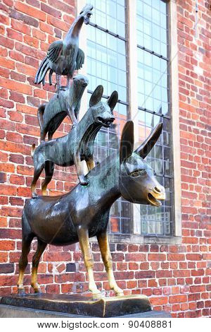 BREMEN, GERMANY - AUGUST 17, 2012: The Bremen town musicians statue -  symbol of the city