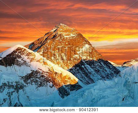 Evening View Of Mount Everest From Kala Patthar