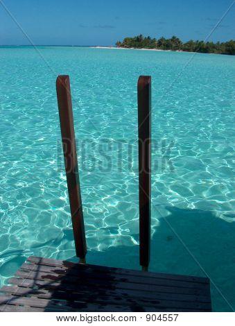 Step Into Tahiti