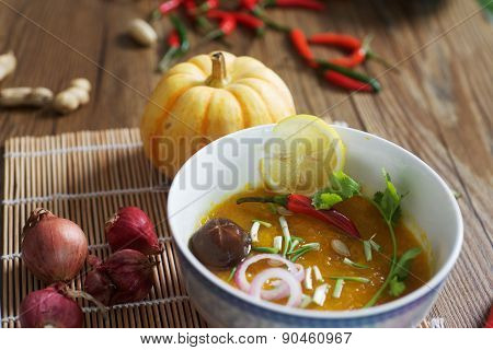Pumpkin soup with mushrooms