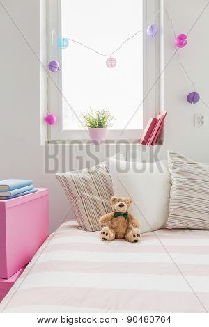 White And Rose Girl's Room