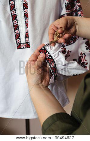 Woman Hands  Cut Excess Thread