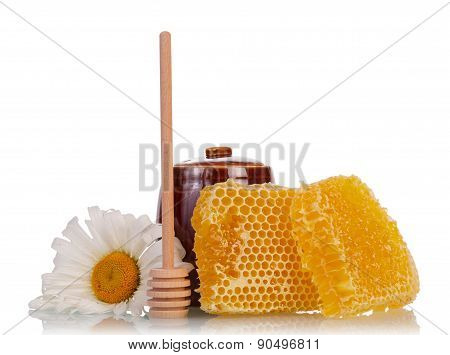 Honeycomb with flower and dipper
