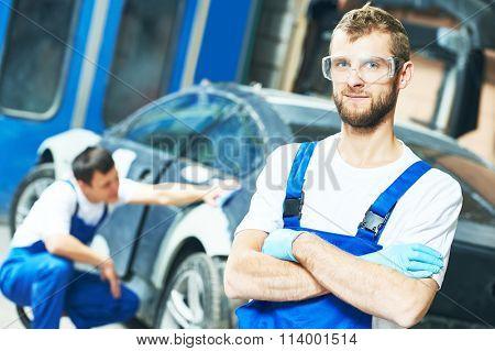Portrait of auto mechanic worker