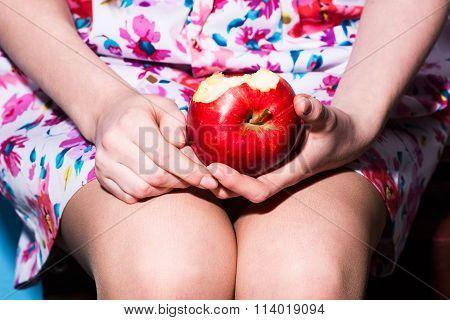 Closeup Otkusannoe Red Apple Girl Holding A Lap
