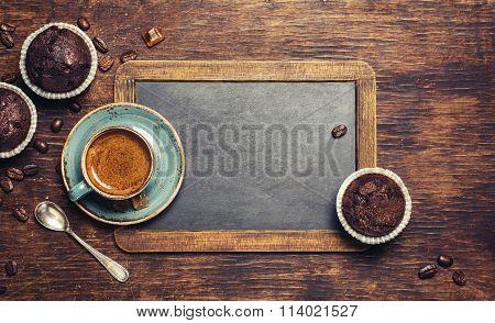 Espresso with chocolate cupcake