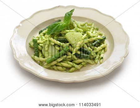 trofie pasta with pesto, green beans and potatoes, italian cuisine