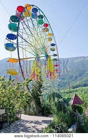 Ferris Wheel In Yalta Zoo