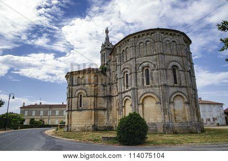 Notre-dame De Bayon, Church