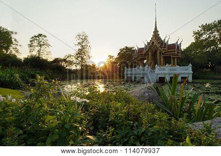 Sunset Of Pavilion View In Rama 9 Garden In Bangkok Thailand