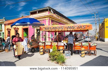 CHOLULA, MEXICO-DEC 5, 2015: Unknown street vendors sell their goods on Dec 5, 2015 in Cholula, Mexico.