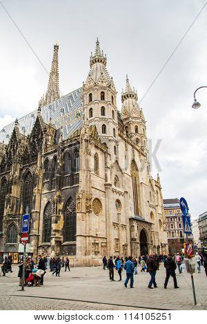 People near St. Stephen's Cathedral in Vienna