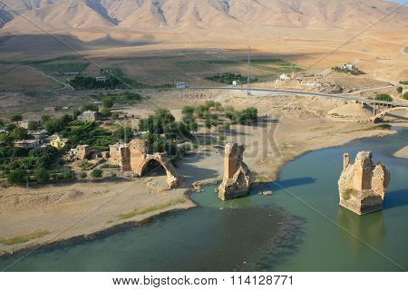 Old Hasankeyf Village