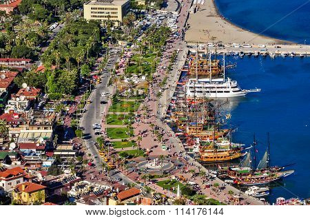 Boardwalk and harbour in Alanya, view from the castle