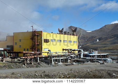 Building Mutnovskaya Geothermal Power Station On Kamchatka
