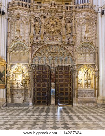 Toledo, Spain - May 19, 2014: Door And Ornaments In Cathedral Primada Santa Maria De Toledo