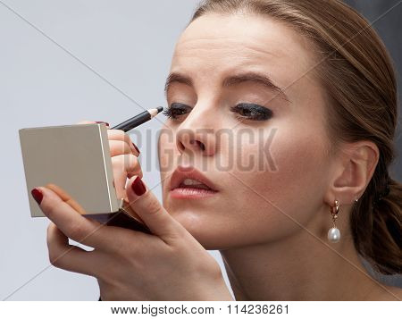 Makeup With Eyeliner. Casual Make Up