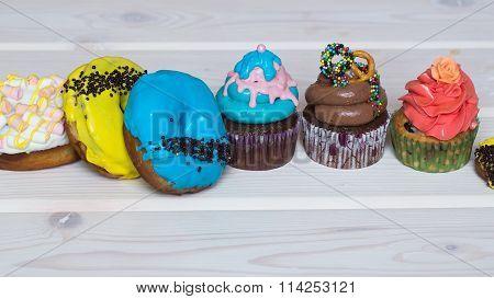 Many Sweet Desserts