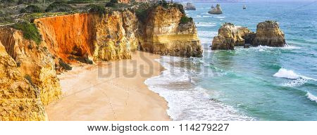 Praia da rocha - impressive beautiful beach in Algarve coast, Portugal