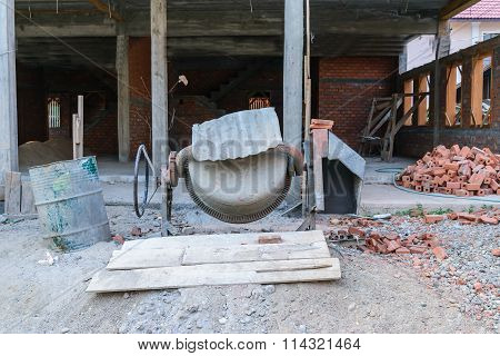 Cement Mixer Equipment On Site Instruction .