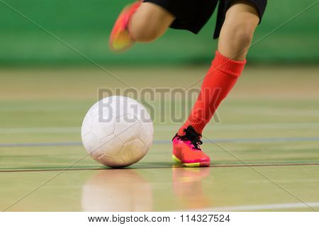 indoor soccer futsal training class