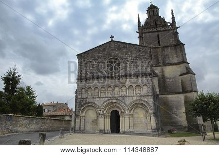 Medieval Church In Saint-fort (gironde)
