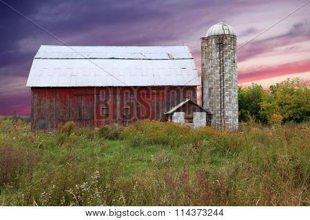Old Grand River Ravines Barn Jenison Michigan sunset landscape