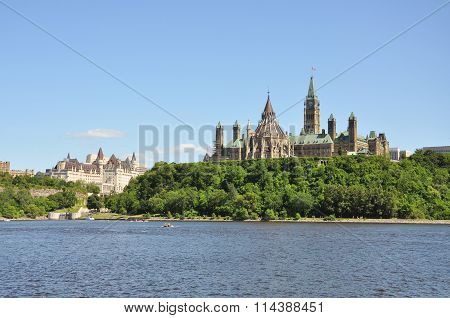 Parliament Buildings and Fairmont Chateau Laurier Hotel in Ottawa