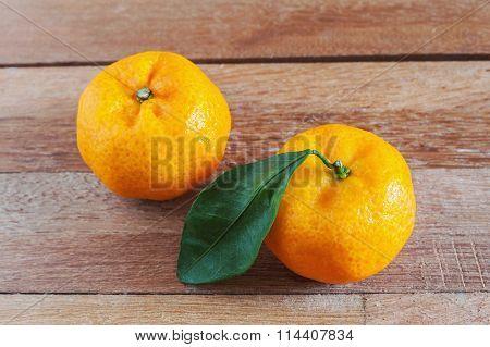Orange Fruit On Wooden In Still Life Tone