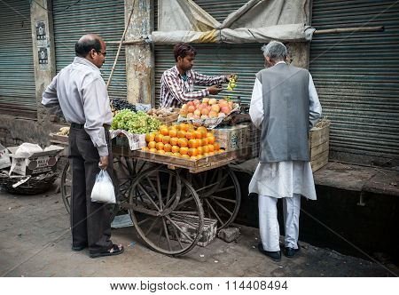 Indian Fruit Market In Taj Mahal Area