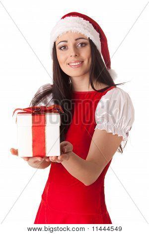 Niña con regalo de Navidad.