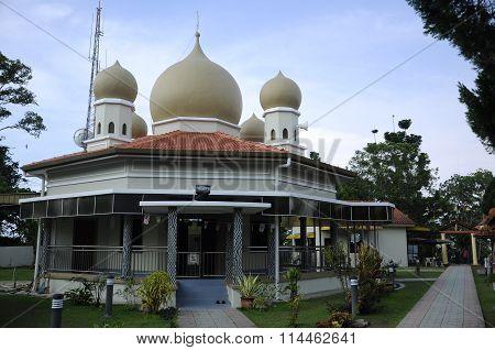 Bukit Bendera Mosque