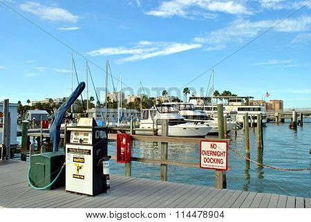 Boat refueling station in Clearwater Beach harbour