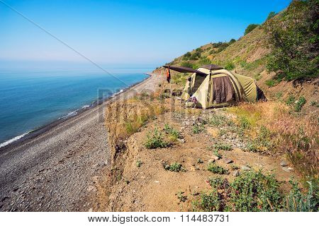 Tent camping is by the sea .