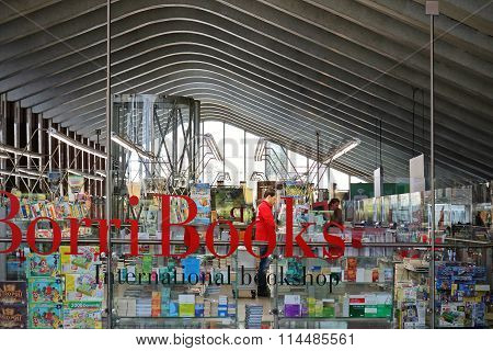 Library Termini Station