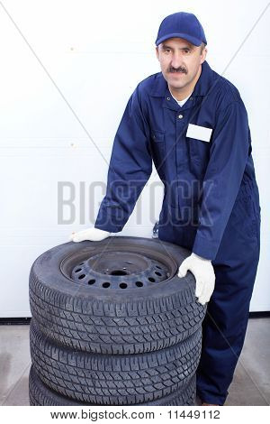 Mechanic With Auto Wheels