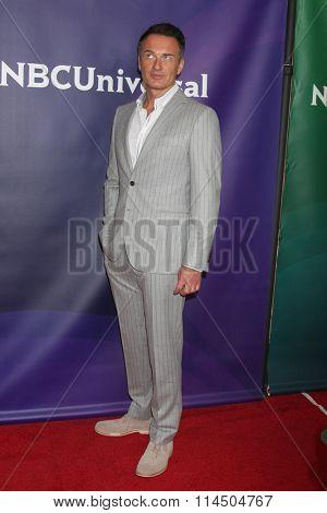 LOS ANGELES - JAN 14:  Julian McMahon at the NBCUniversal Cable TCA Press Day Winter 2016 at the Langham Huntington Hotel on January 14, 2016 in Pasadena, CA