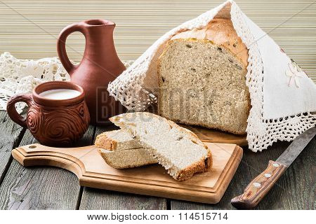 Russian Wholegrain Wheat Bread With Sunflower Seeds And Milk