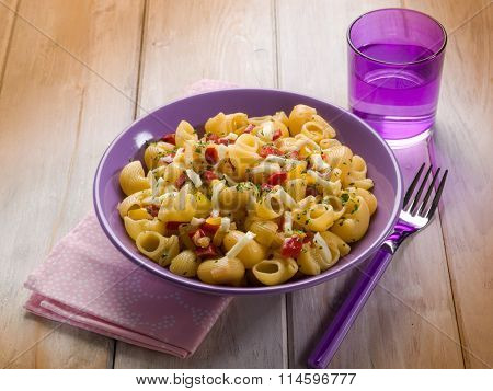 pasta with capsicum and scamorza cheese