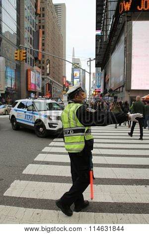 NYPD Traffic Control Police Officer in Lower Manhattan