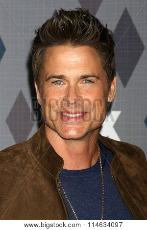 LOS ANGELES - JAN 15:  Rob Lowe at the FOX Winter TCA 2016 All-Star Party at the Langham Huntington Hotel on January 15, 2016 in Pasadena, CA