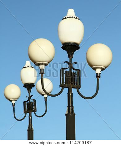 White Street Lights