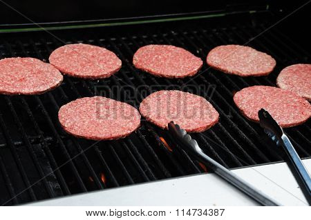 barbecue grill of ground beef patty
