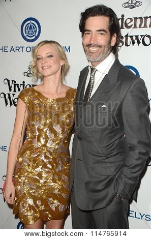 vLOS ANGELES - JAN 9:  Amy Smart, Carter Oosterhouse at the The Art of Elysium Ninth Annual Heaven Gala at the 3LABS on January 9, 2016 in Culver City, CA