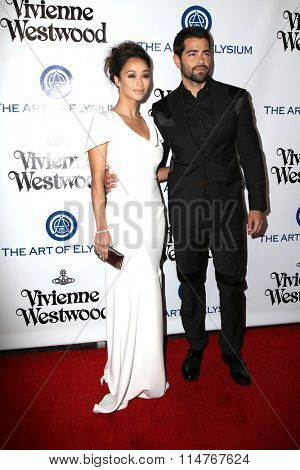 vLOS ANGELES - JAN 9:  Cara Santana, Jesse Metcalf at the The Art of Elysium Ninth Annual Heaven Gala at the 3LABS on January 9, 2016 in Culver City, CA
