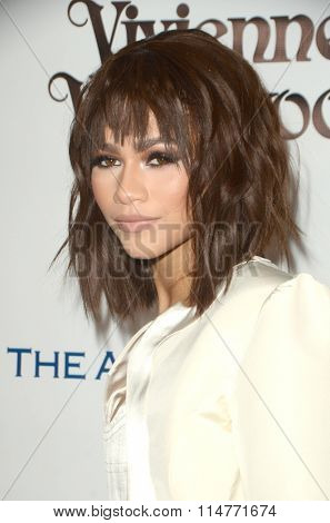 vLOS ANGELES - JAN 9:  Zendaya Coleman at the The Art of Elysium Ninth Annual Heaven Gala at the 3LABS on January 9, 2016 in Culver City, CA