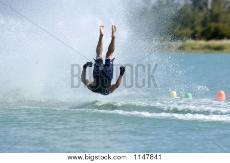 Barefoot Crash 2