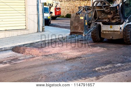 Milling of asphalt for road reconstruction accessory