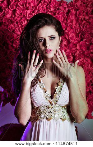 Glamour, glamorous Valentine, glamorous holiday St. Valentine's Day, glamorous portrait, glamorous style, glamorous model, glamorous beauty, glamorous jewelry, glamorous, pink character, glamorous trend, luxury