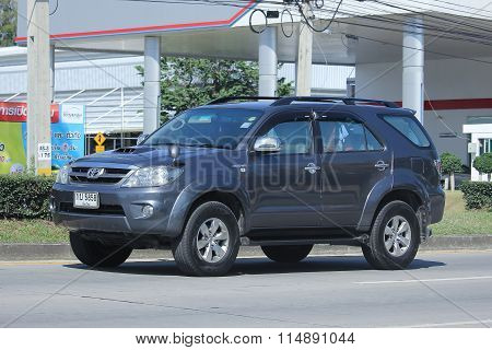 Private Suv Car, Toyota Fortuner.